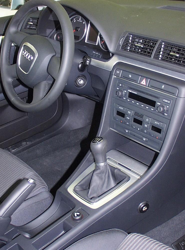 Audi A4 manualis 2004 2007