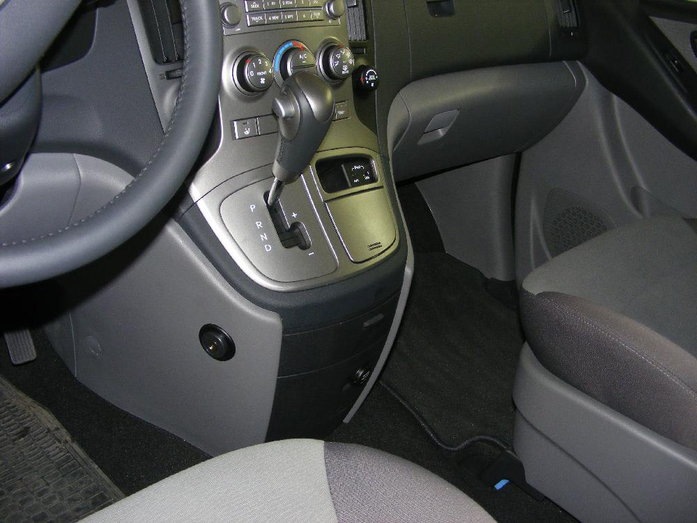 hyundai h 1 aut. 2012