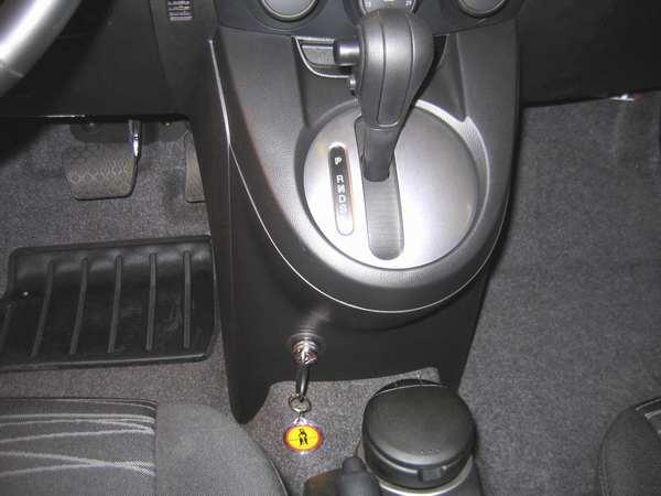 mazda 2 aut 2007