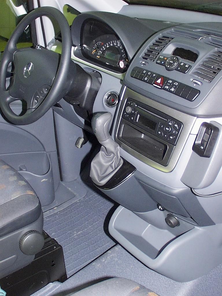 Mercedes vito automata