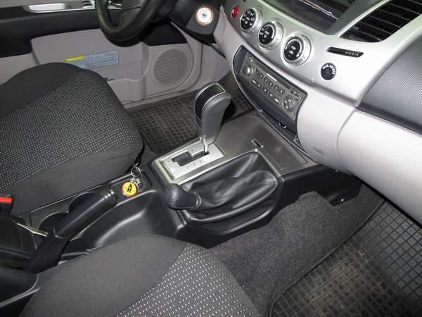 mitsubishi l200 2010 aut szekv