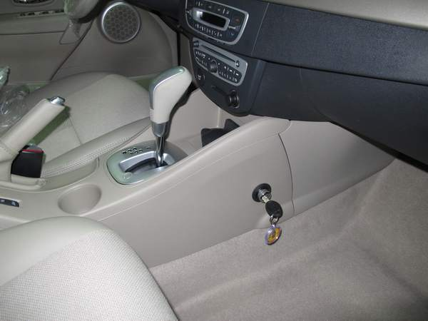 renault fluence aut szekv