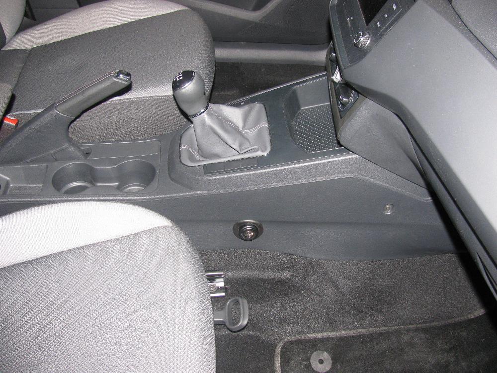 seat ibiza 5seb