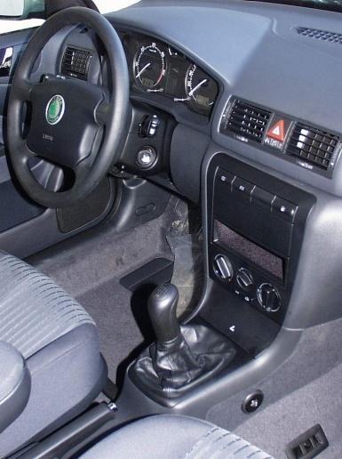 Skoda octavia 1 manualis diesel