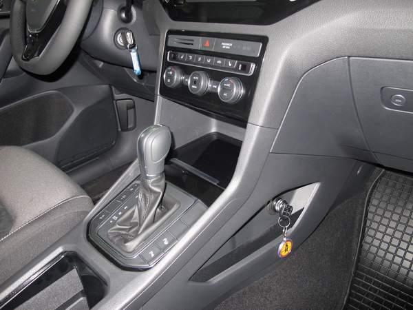 Volkswagen golf sportsvan aut dsg 2014