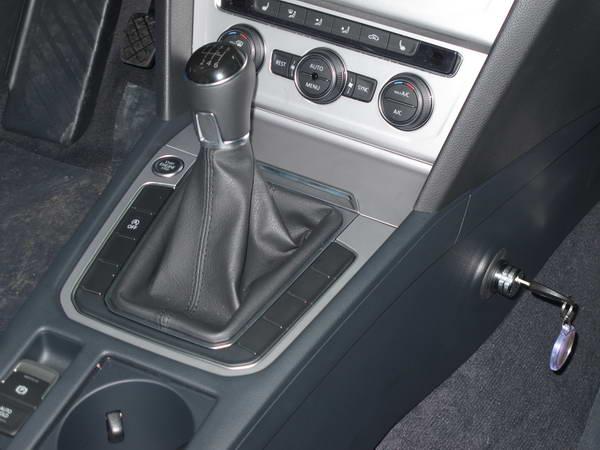 Volkswagen passat b8 2014 6seb r elol